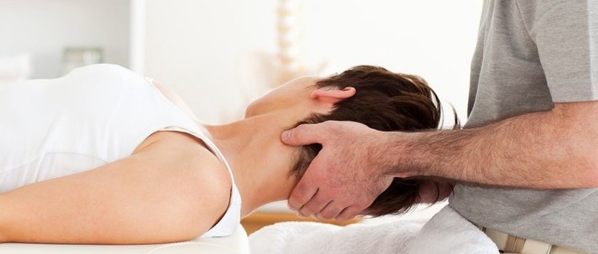 How Brampton Physiotherapist help You Cure Neck pain Easily - Canada