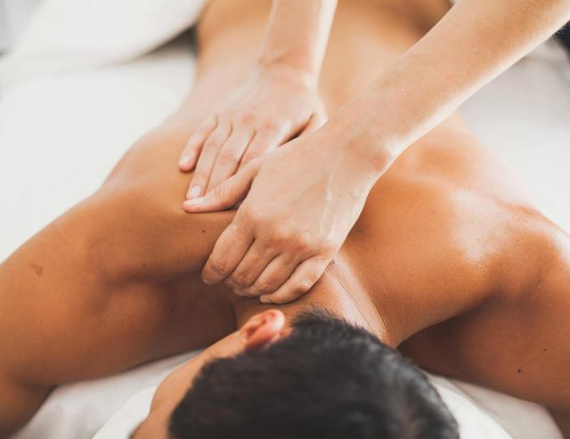 Massage therapy in Brampton for complete relief